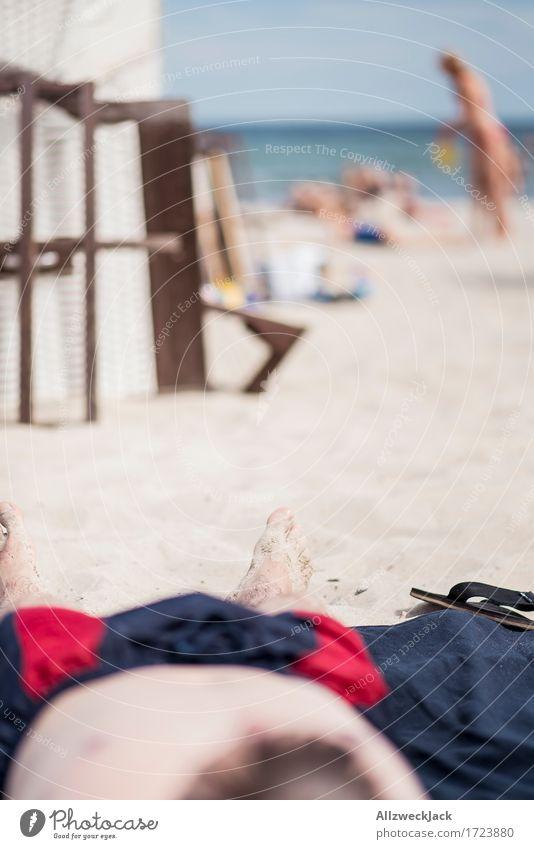 Beachlife 6 Mensch Ferien & Urlaub & Reisen Jugendliche Mann Sommer Sonne Meer Junger Mann Erholung ruhig Strand 18-30 Jahre Erwachsene Leben Fuß Sand