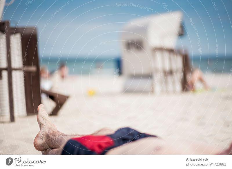 Beachlife 4 Lifestyle Stil Ferien & Urlaub & Reisen Tourismus Ausflug Sommer Sommerurlaub Sonne Sonnenbad Strand Meer maskulin Leben Fuß 1 Mensch 18-30 Jahre