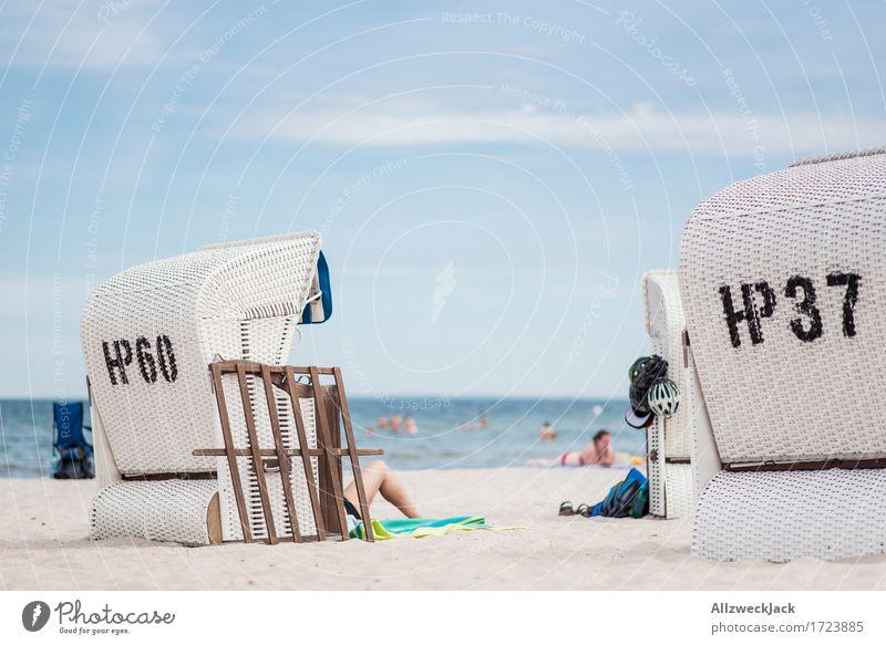 Beachlife 1 Ferien & Urlaub & Reisen Sommer Sommerurlaub Sonne Strand Meer Mensch Leben Zufriedenheit Lebensfreude Strandkorb Ostsee Farbfoto Außenaufnahme