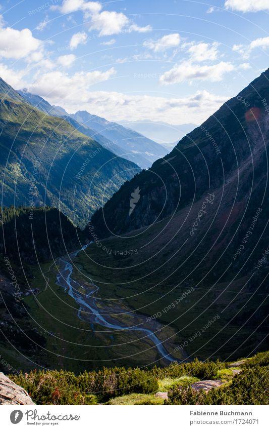 Weitblick Natur Landschaft Wasser Wolken Sommer Schönes Wetter Wald Alpen Berge u. Gebirge Stubaital Fluss wandern blau grau grün weiß Schuttkegel Tal