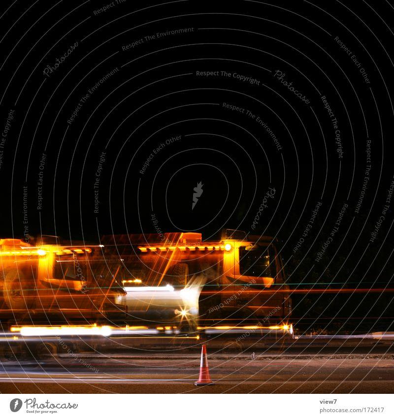 Stop and Go Himmel rot schwarz gelb Straße Bewegung Wege & Pfade Arbeit & Erwerbstätigkeit warten groß Verkehr Geschwindigkeit authentisch stehen Baustelle