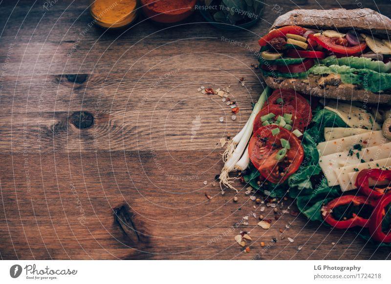 grün rot gelb Essen Lebensmittel Kräuter & Gewürze Küche lecker Gemüse Appetit & Hunger Brot Stillleben Mahlzeit Vegetarische Ernährung Mittagessen Käse
