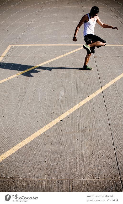 STILLSTAND Jugendliche Freude Sommer Sport Spielen Freiheit Glück Park Erwachsene Freizeit & Hobby maskulin Lifestyle Coolness T-Shirt einzigartig