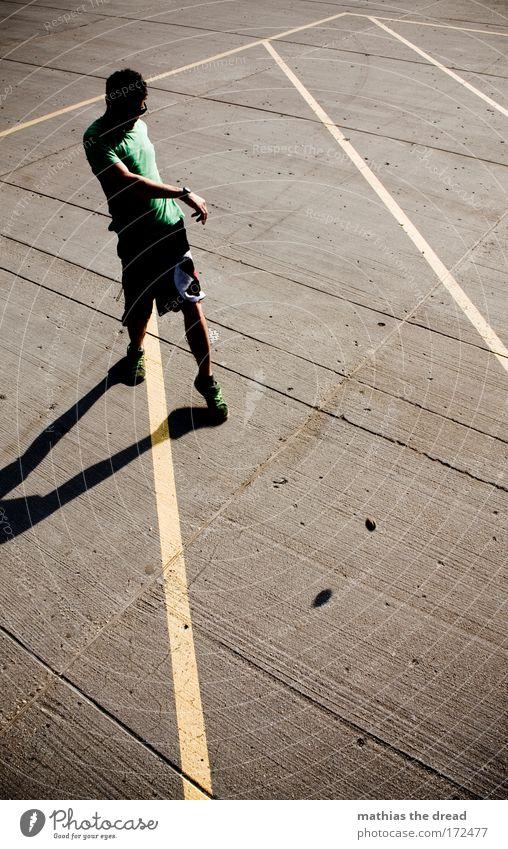 MOONWALK Jugendliche Erwachsene Sport Spielen Stil Park Kraft Freizeit & Hobby elegant Schilder & Markierungen Beton maskulin ästhetisch Lifestyle Macht