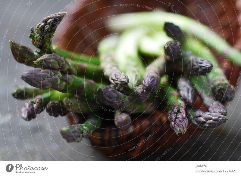 spargelernte Natur weiß grün Pflanze Ernährung Lebensmittel Umwelt Erde frisch violett Gemüse lecker Diät Bioprodukte Korb Spargel