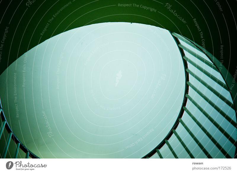 auge grün Gebäude Kreis Balkon Bauwerk Loch Geometrie Speichen Lichteinfall Loggia Lichtschacht