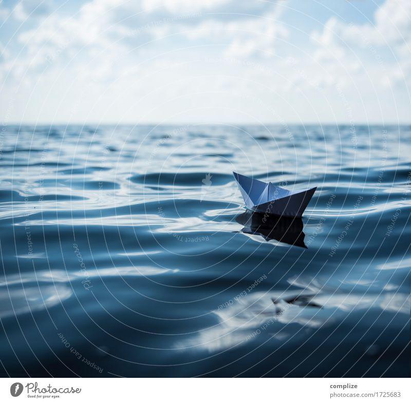 Auf hoher See Ferien & Urlaub & Reisen Sommer Wasser Sonne Meer ruhig Strand Umwelt Freiheit Schwimmen & Baden Tourismus Wasserfahrzeug Horizont Wellen Insel