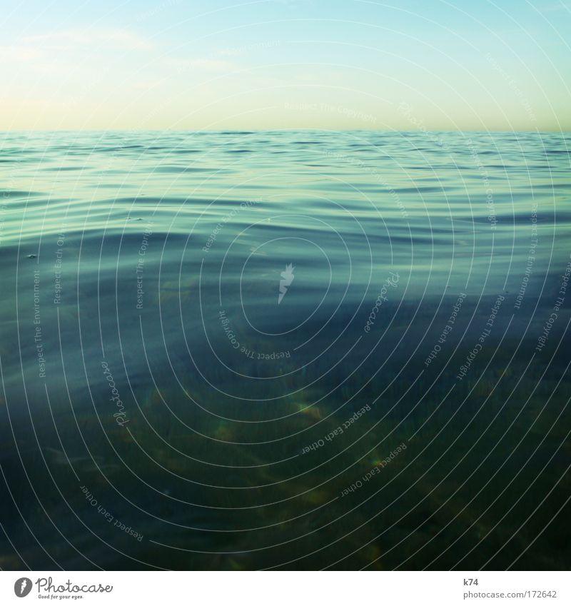 wogen Himmel Meer grün blau ruhig See Wellen glänzend Horizont leer frisch weich sanft Wasser Mittelmeer
