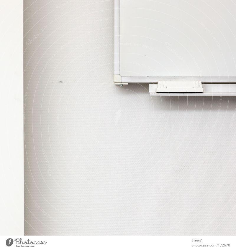 Whiteboard schön weiß kalt oben Stein Schule Raum Schulgebäude Studium lernen ästhetisch trist einfach Dekoration & Verzierung gut Bildung