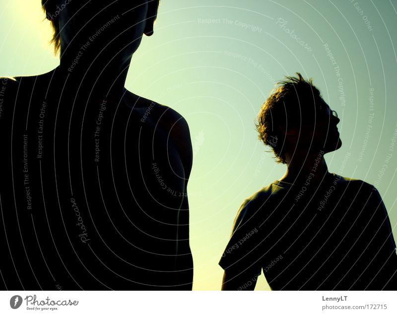 SCISSORS BROTHERS Farbfoto Außenaufnahme Dämmerung Silhouette Gegenlicht Profil Ferien & Urlaub & Reisen Freiheit Sommerurlaub Sonne Sonnenaufgang