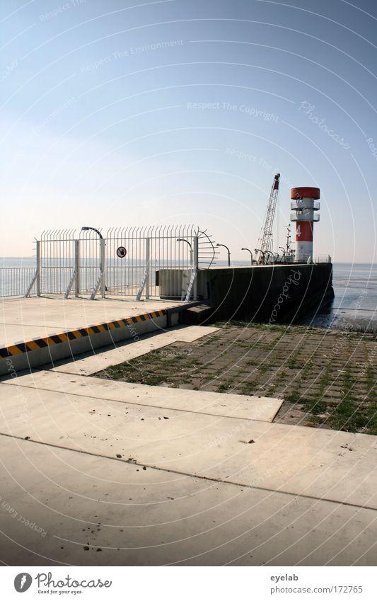 Ohne Spekulation gibt es keine neue Beobachtung... Himmel Wasser Meer Sommer Einsamkeit Architektur Küste Metall Wetter Horizont Beton Platz Sicherheit Turm Technik & Technologie Kommunizieren