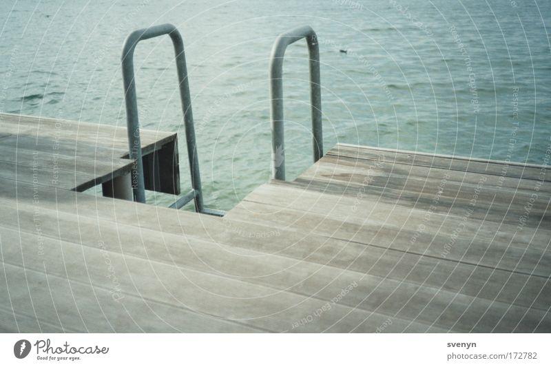 Badetag! Wasser blau Sommer grau Steg