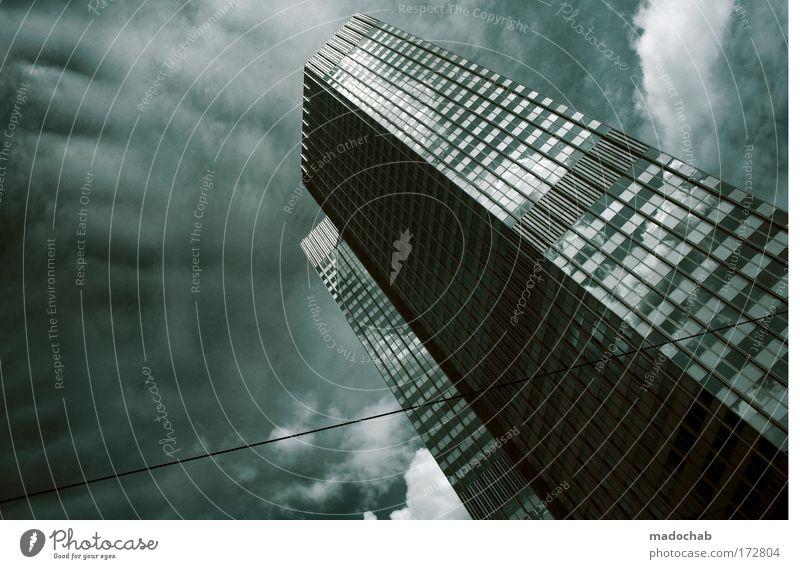 Für Börsenspekulationen ist der Februar einer der... Gedeckte Farben Außenaufnahme Menschenleer Textfreiraum links Froschperspektive Frankfurt am Main Stadt