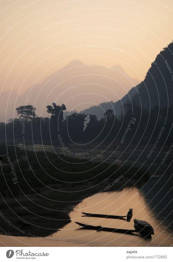 boote am mekong Natur Wasser schön Himmel Pflanze Ferien & Urlaub & Reisen ruhig Ferne Landschaft Wasserfahrzeug Zufriedenheit rosa Umwelt Verkehr ästhetisch