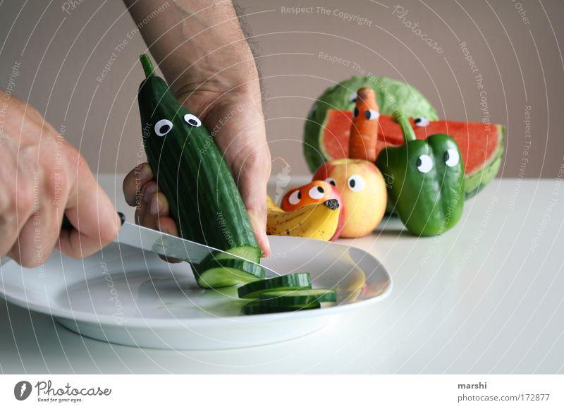 Schluß mit lustig! Ernährung Gefühle Gesundheit Angst warten mehrfarbig Essen Lebensmittel Frucht Kochen & Garen & Backen Häusliches Leben beobachten Gemüse Appetit & Hunger Kreativität Diät