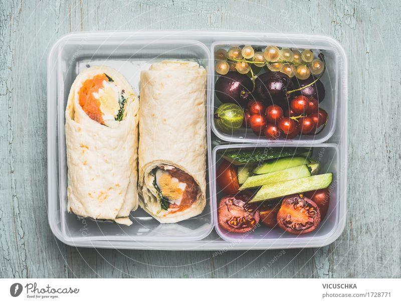 gesundes mittagessen mit tortilla wraps obst und gem se ein lizenzfreies stock foto von photocase. Black Bedroom Furniture Sets. Home Design Ideas