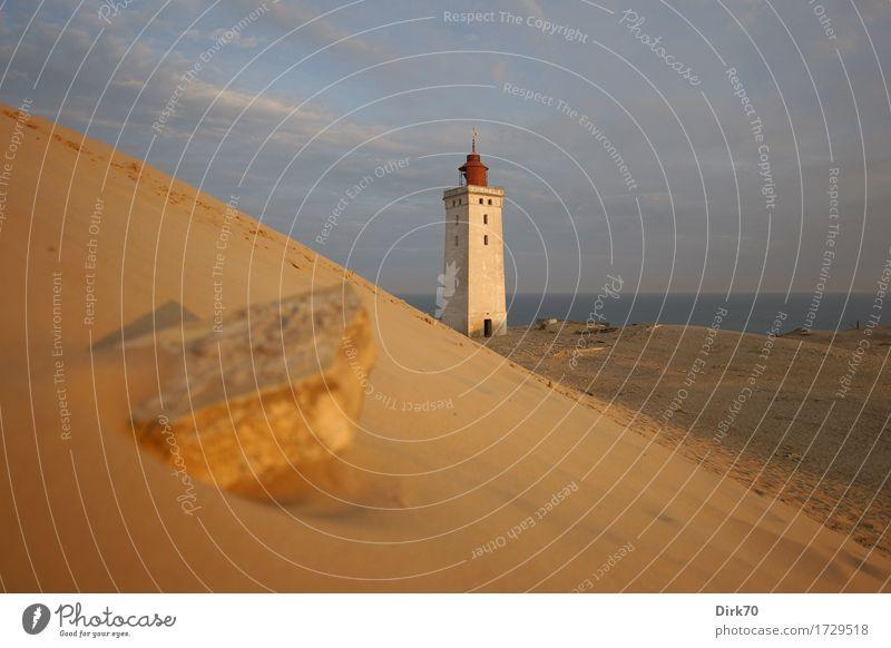 Rubjerg Knude im ersten Morgenlicht Ferien & Urlaub & Reisen Sommer Sommerurlaub Meer Landschaft Wolken Sonnenlicht Schönes Wetter Küste Nordsee