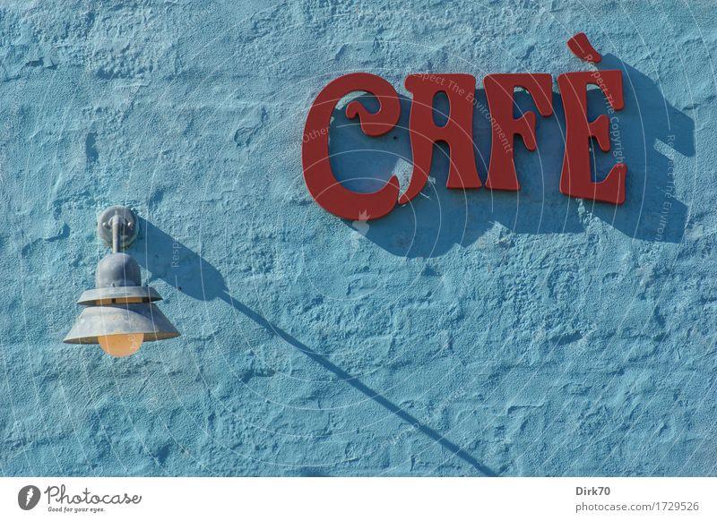 Enjoy! Lebensmittel Ernährung Kaffeetrinken Café Heißgetränk Latte Macchiato Espresso Lifestyle Bar Cocktailbar ausgehen Gastronomie Sonnenlicht Sommer