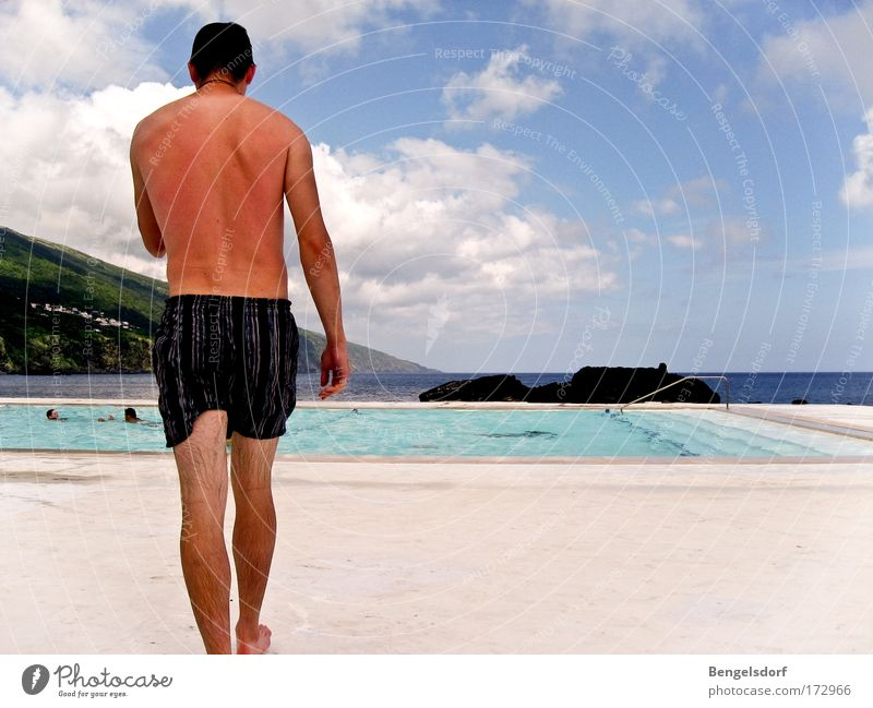 Sunburned II Wellness Erholung Ferien & Urlaub & Reisen Tourismus Ferne Freiheit Sommer Sommerurlaub Sonne Sonnenbad Strand Meer Mensch Haut Rücken 1 Badehose