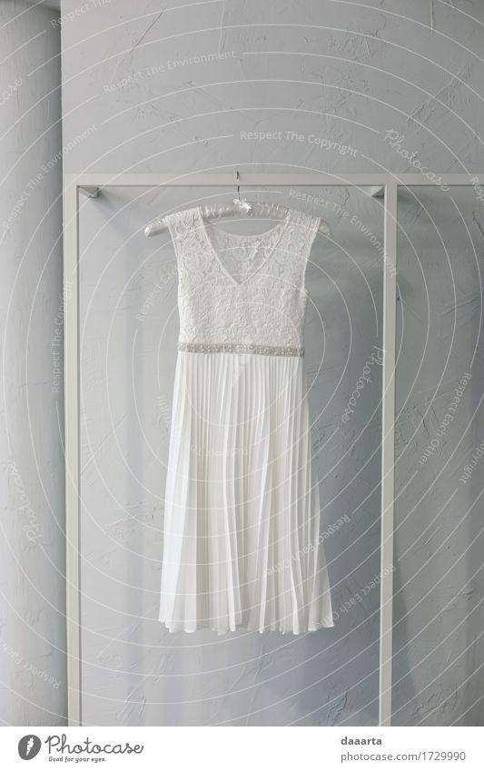 das Kleid Sommer weiß Freude Leben Liebe Lifestyle feminin Stil Freiheit Feste & Feiern Stimmung Design Freizeit & Hobby elegant Erfolg Fröhlichkeit