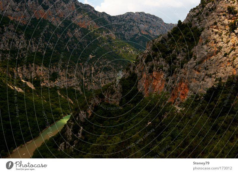 Verdonschlucht Natur grün Sommer Landschaft braun Felsen Fluss außergewöhnlich Klettern entdecken Schlucht Bergsteigen eckig standhaft Südfrankreich Provence