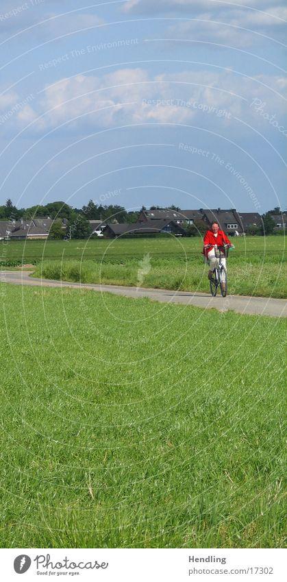 Rote Frau Frau grün blau rot Wolken Wege & Pfade unterwegs