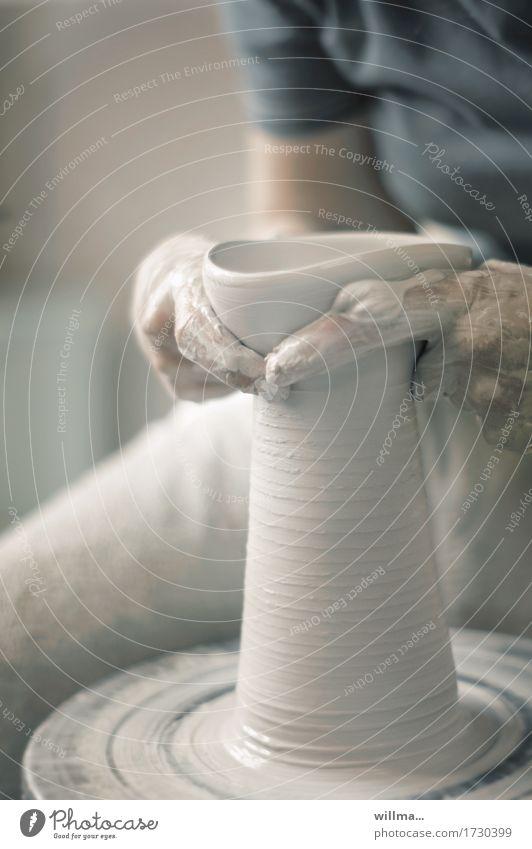 der würger von tonwell Hand Arbeit & Erwerbstätigkeit Kreativität Finger Handwerk Behälter u. Gefäße gestalten Kunsthandwerk Ton Geschicklichkeit Töpferei