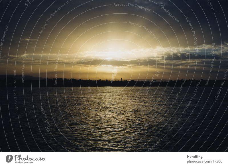 Sonnenuntergang am Nil Ferien & Urlaub & Reisen Wolken Zufriedenheit Fluss Ägypten