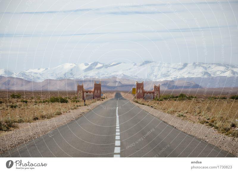 Marokko Natur Ferien & Urlaub & Reisen Sommer Sonne Landschaft Einsamkeit Wolken Ferne Berge u. Gebirge Straße Wiese Schnee Freiheit Horizont wandern Ausflug