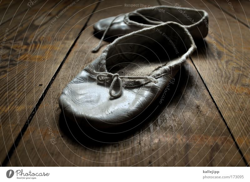dancing - with tears in my eyes Schuhe Objektfotografie Ballettschuhe Tanzschuhe