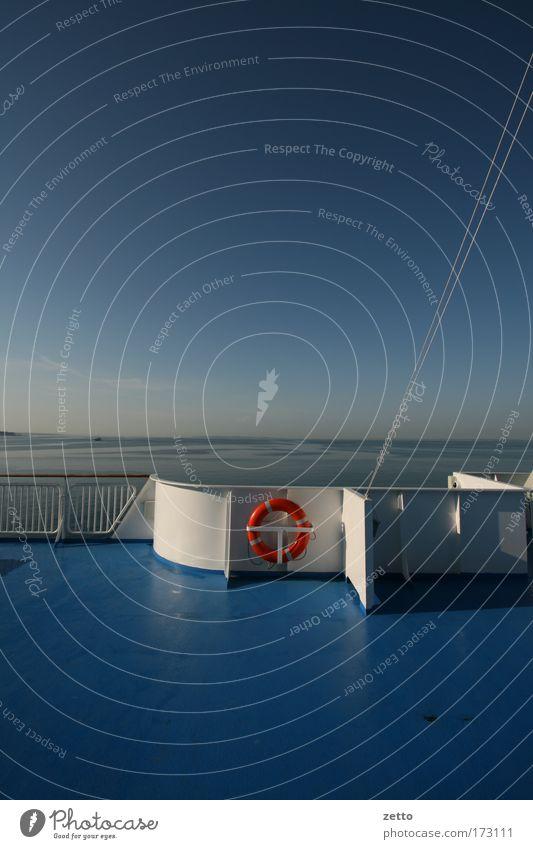 Rettung im Blau Wasser Himmel weiß Meer blau rot Sommer Ferien & Urlaub & Reisen Einsamkeit Ferne Erholung Freiheit Metall Horizont Verkehr