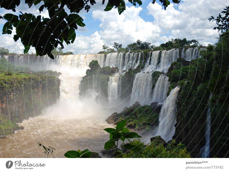 Cascadas Ferien & Urlaub & Reisen Tourismus Brasilien Iguazu Fälle Paraguay Dschungel Südamerika Natur Landschaft Pflanze Urelemente Wasser Himmel Wolken Urwald