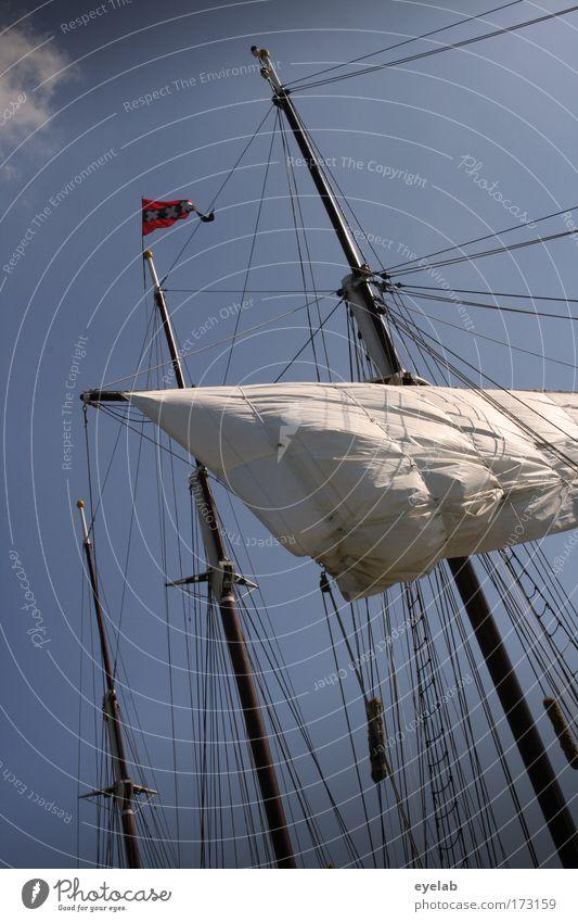 Der Klabautermann steckt im Detail alt Himmel Meer Freiheit Küste Wind Wetter Seil Verkehr Abenteuer Fahne Hafen Wasserfahrzeug historisch Schifffahrt Schönes Wetter
