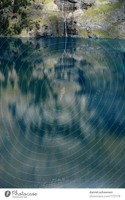 Oeschinensee Natur Wasser grün blau Berge u. Gebirge Umwelt Zufriedenheit Tourismus Klettern Bucht Seeufer Umweltschutz Wasserfall Bergsteigen Fjord Reflexion & Spiegelung