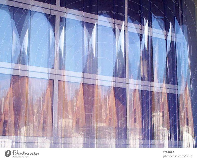 folie Reflexion & Spiegelung hell-blau Pastellton orange