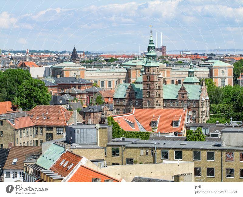 Copenhagen in Denmark Kultur Stadt Hauptstadt Turm Bauwerk Gebäude Architektur oben Tradition Kopenhagen Dänemark erhöhter blickwinkel Europa Skandinavien reise