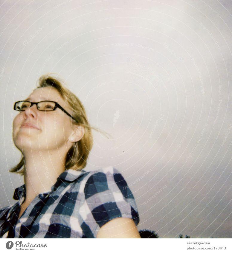 [KI09.1] heimweh Mensch Himmel Jugendliche blau schön Ferien & Urlaub & Reisen Freude Gesicht feminin dunkel Leben Haare & Frisuren Stil träumen Stimmung
