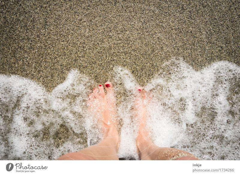 umschäumt schön Nagellack Gesundheit Wellness Wohlgefühl Sinnesorgane Spa Ferien & Urlaub & Reisen Sommer Sommerurlaub Sonne Strand Meer Wellen Frau Erwachsene