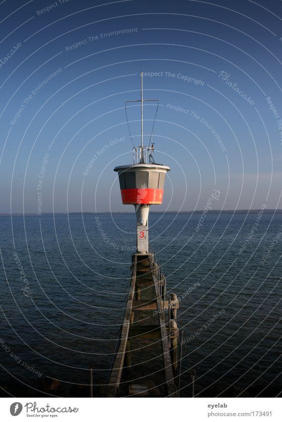 Sicherheit auf Wasser gebaut Wasser Himmel Meer Sommer Strand Ferien & Urlaub & Reisen Erholung Fenster Holz orange Küste Wellen Architektur Wetter groß Horizont