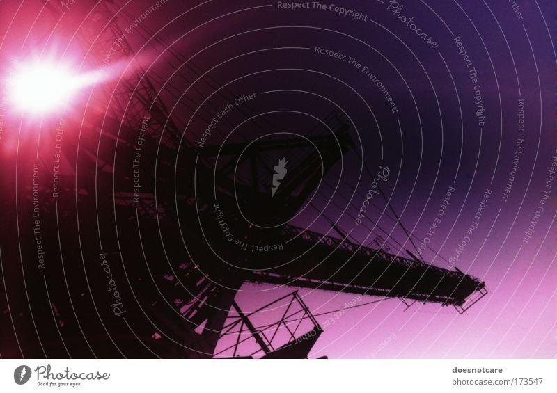 purple. sunset. industries. Himmel schwarz dunkel Metall rosa Industrie Güterverkehr & Logistik violett analog Stahl Maschine Eisen Gerät Bergbau Abendsonne