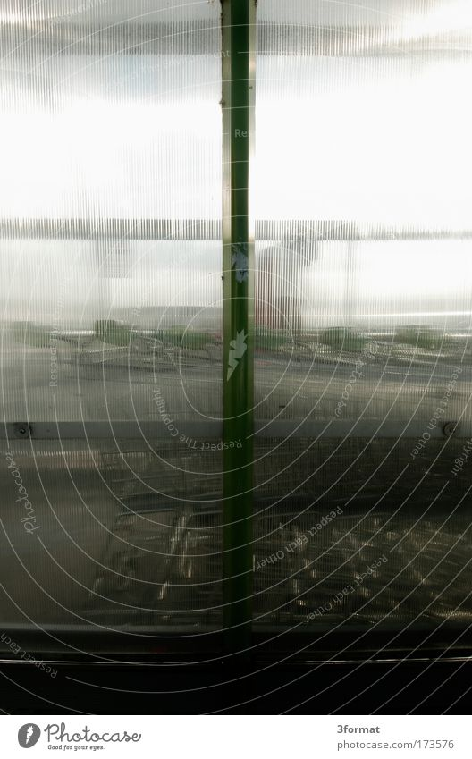 WAGENKOLONNE Glas Wind warten stehen Kunststoff durchsichtig parken Kunststoffverpackung Parkhaus Warteschlange Kolonne Acryl