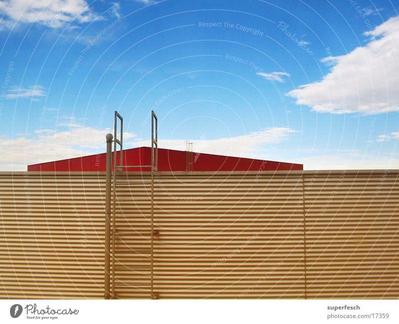 upstairs Haus Dach Feuerleiter Wolken Architektur Leiter aufwärts Himmel