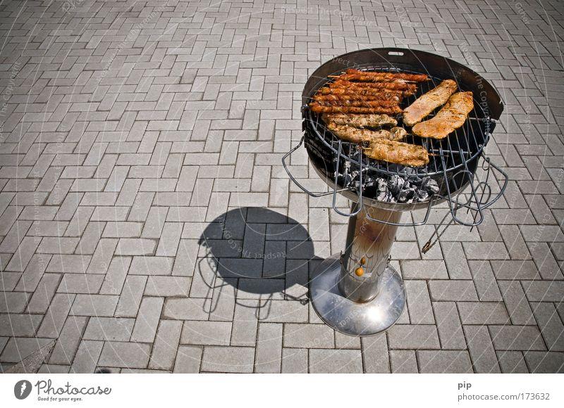 fleisch Sonne Sommer Ernährung Feuer Kochen & Garen & Backen heiß lecker Grillen Fleisch Pflastersteine Wurstwaren Vorfreude Bratwurst Kohle
