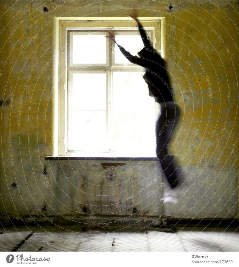 Jump Mensch Jugendliche Sonne Haus Erwachsene Fenster Spielen Bewegung Freiheit Glück Stein springen Junger Mann Raum Tanzen 18-30 Jahre