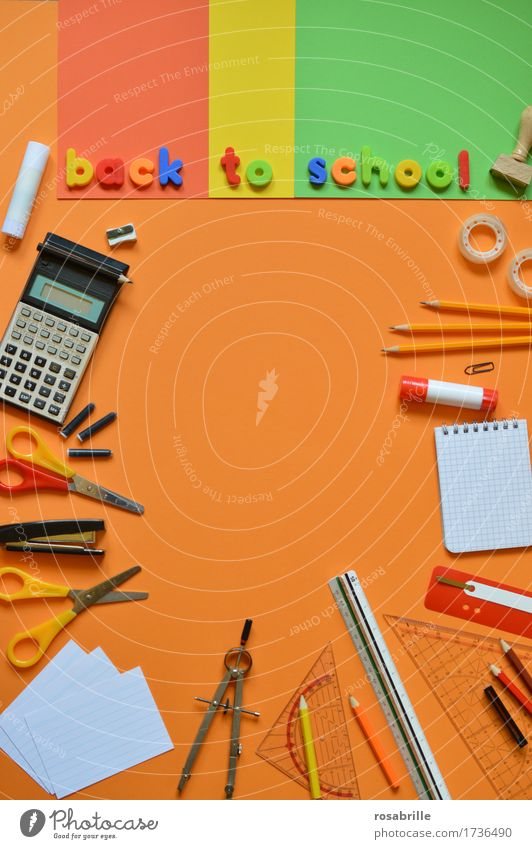 Schulanfang Freude Schule orange Arbeit & Erwerbstätigkeit Schriftzeichen Kindheit Fröhlichkeit lernen Papier Bildung schreiben Wort Schreibstift Arbeitsplatz