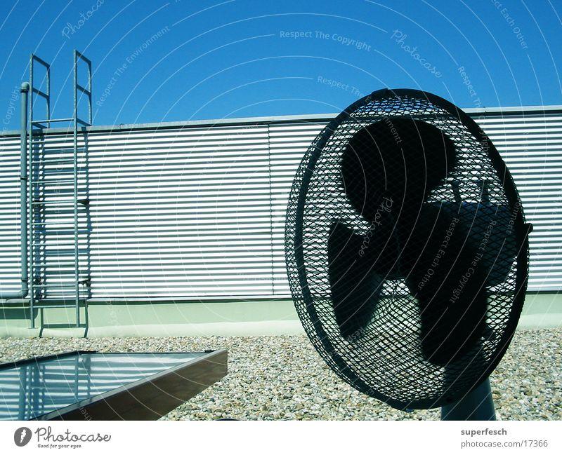 Frischluft [2] Ventilator Tischventilator Luft Brise Physik Häusliches Leben Wind Wärme