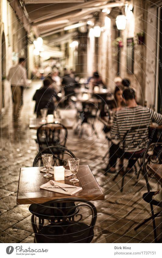 Platzangebot Mensch Ferien & Urlaub & Reisen Sommer Essen Lifestyle Paar Freundschaft Tourismus frei Dekoration & Verzierung Ausflug Tisch Kultur trinken Stuhl