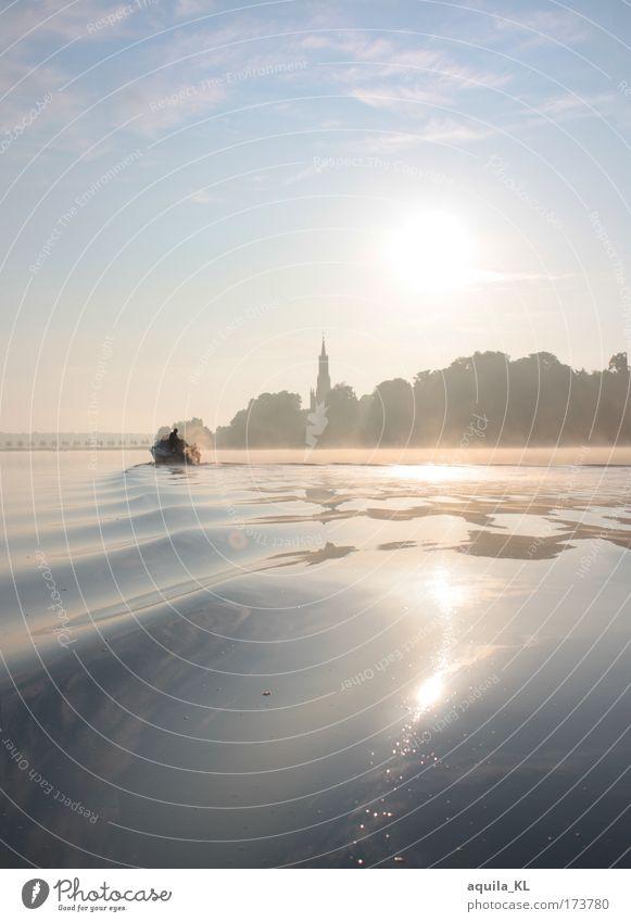 Nebel über Malchow Wasser schön Himmel Sommer träumen See Landschaft Wasserfahrzeug Wellen Nebel fantastisch traumhaft Morgendämmerung Traumwelt Bootsfahrt Klostergarten