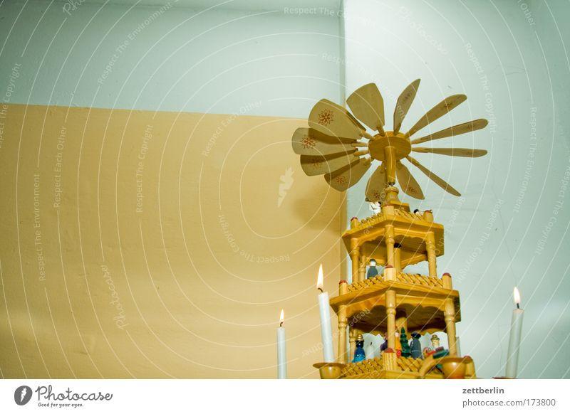 Pyramide Weihnachtsbeleuchtung Weihnachtspyramide Holz Schnitzereien schnitzkunst Folklore Tradition Weihnachten & Advent Dekoration & Verzierung
