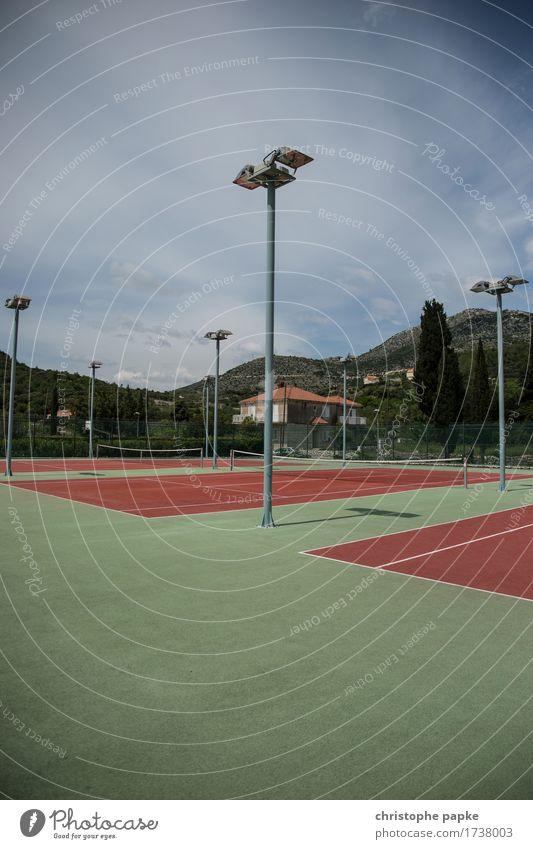 Großes Tennis Sport Freizeit & Hobby Fitness Reichtum Sport-Training Ballsport Sportstätten Tennisplatz